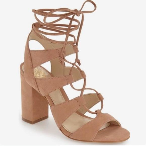 31ee7466e963 Vince Camuto Winola sandals. M 5b39261cbaebf627da6007e3